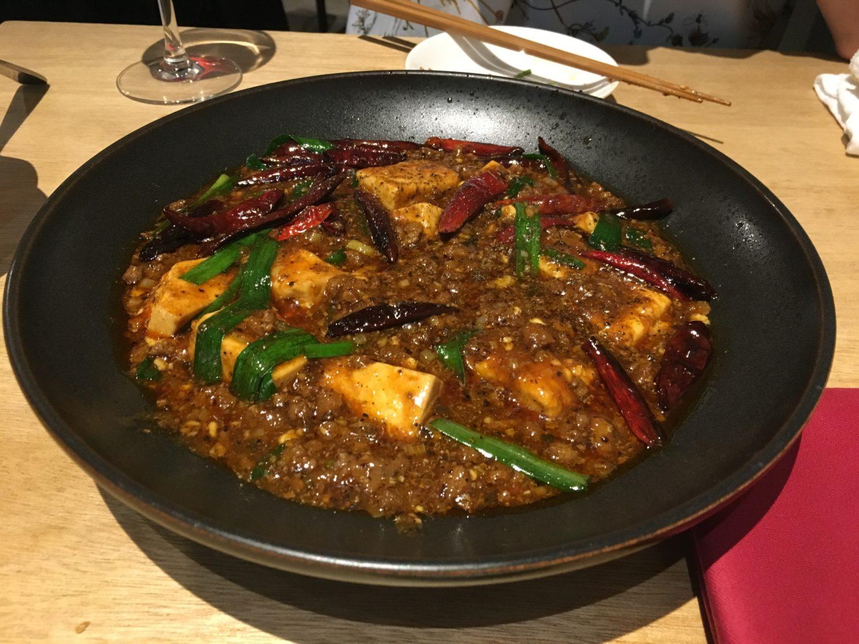 【平尾】美味しい料理にお酒が止まらない。中華料理店「凛丹 一碗居」